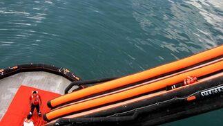 Simulacro de salvamento marítimo en el puerto