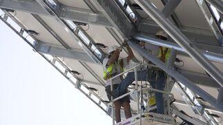 Planta solar en los aparcamientos de Tussam