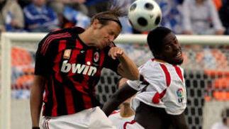 El Sevilla vence al Milan en el Torneo de los Ferrocarriles