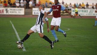 Las mejores imágenes del empate entre la Balona y el Aston Villa.