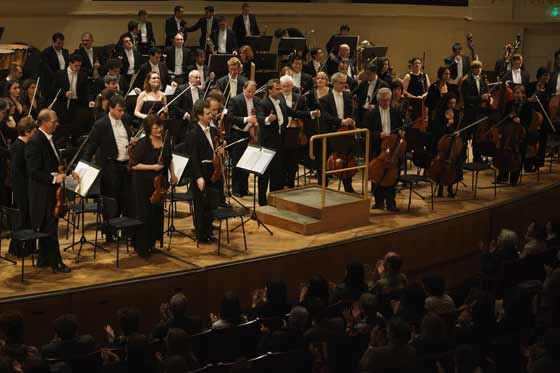La Sinfónica recibe el aplauso del mítico escenario vienés tras tres horas de concierto.  Foto: Robert Newald