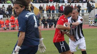 El Racing cae derrotado en la casa de la Balona por un 2-0 en un partido en el que no creó peligro alguno  Foto: Paco Guerrero