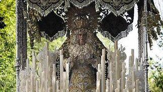 Oración en el Huerto, Afligidos y el Nazareno lucen el Jueves Santo como antesala de la Madrugada.   Foto: Jose Braza y Lourdes de Vicente