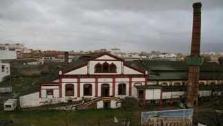 Vista general de la antigua Fábrica de Vidrios de la Trinidad.  Foto: Victoria Hidalgo