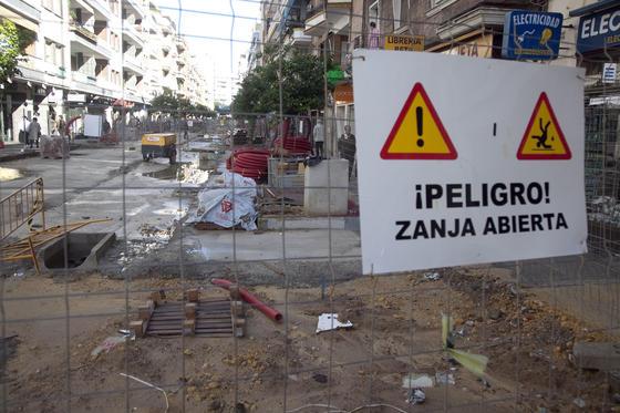 Aviso de obras en Asunción.  Foto: Jaime Martínez
