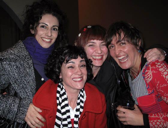 Eva Rubio, Rozario Lajurita, Beatriz Cotobal y Rocío Galán, actrices de 'Las Síndrome'.  Foto: Victoria Ramírez