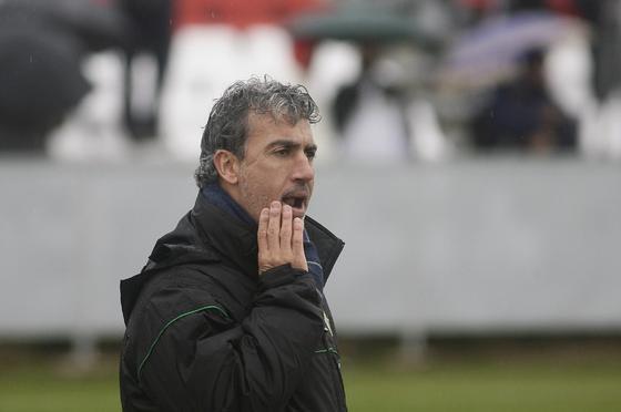 Oli, técnico del Betis B.  Foto: Antonio Pizarro