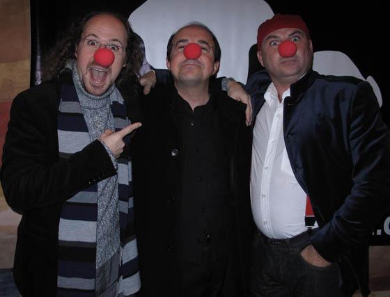 Práxedes Nieto y Víctor Carretero, con José Carlos Carmona, secretario general de la Unión de Actores e Intérpretes de Andalucía.  Foto: Victoria Ramírez