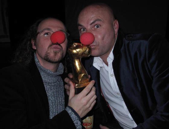 Práxedes Nieto y Víctor Carretero, actores de 'Síndrome Clown'.  Foto: Victoria Ramírez
