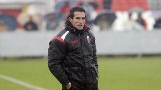 Diego Rodríguez, técnico del Sevilla B.  Foto: Antonio Pizarro