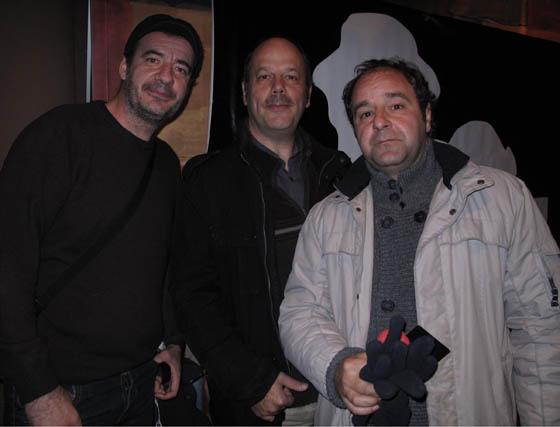 Antonio Velasco, Joserra Leza y Jordi Minguella, actores del grupo Indian Food.  Foto: Victoria Ramírez