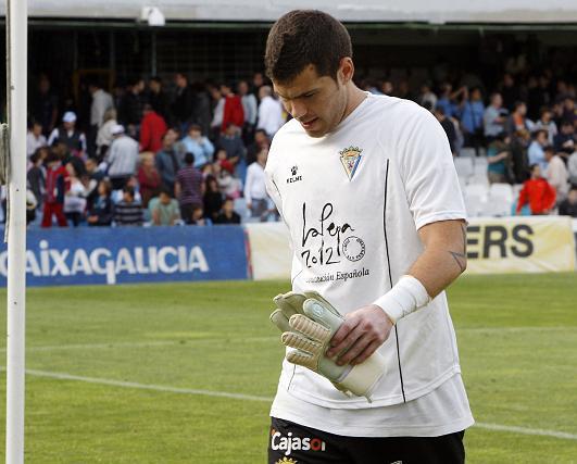 Dani Miguélez perdió su imbatibilidad recibiendo dos tantos.   Foto: LOF