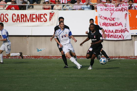 Un gol de Ighalo resulta suficiente para obtener una victoria que permite acariciar el título.  Foto: jjm