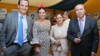 Gabriel Herrera, gerente de Coca Cola en Cádiz, Marisa López, Beatriz Codes, relaciones externas de Coca Cola y Benjamín Sánchez.  Foto: Vanesa Lobo