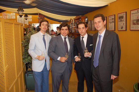 Juan Pedro Domecq posa junto a Bosco Guerrero Ruiz-Mateos, Álvaro Domecq de Carrizosa y Miguel Berraquero.  Foto: Manu Garcia