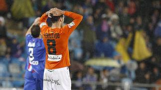 Fernando se lamenta al término del partido. / LOF
