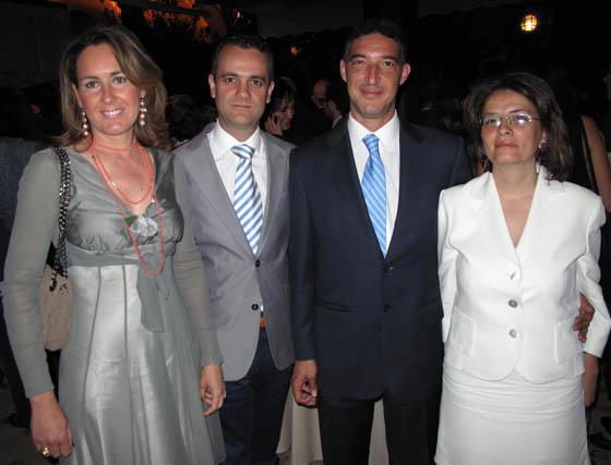 María Antonia Barrera, enfermera; Juan Manuel Núñez, pediatra neonatólogo; el ginecólogo Pedro Beltrán y la pediatra Teresa Bermejo.  Foto: Victoria Ramírez