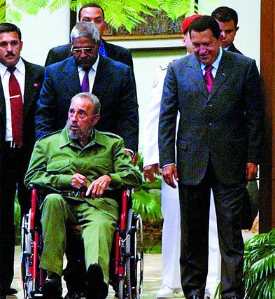 Chávez junto a Fidel Castro en el años 2004.  Foto: Reuters