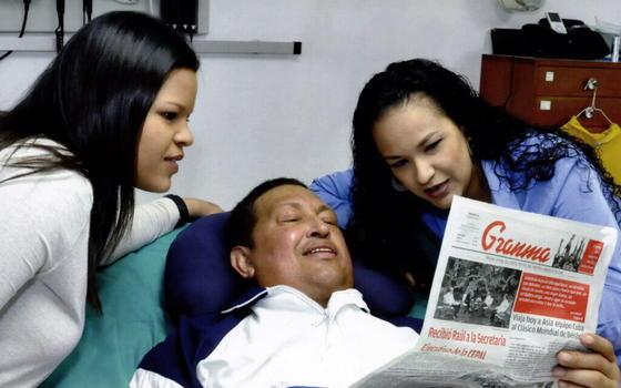 Última foto que se tiene de Hugo Chávez con vida.  Foto: EFE