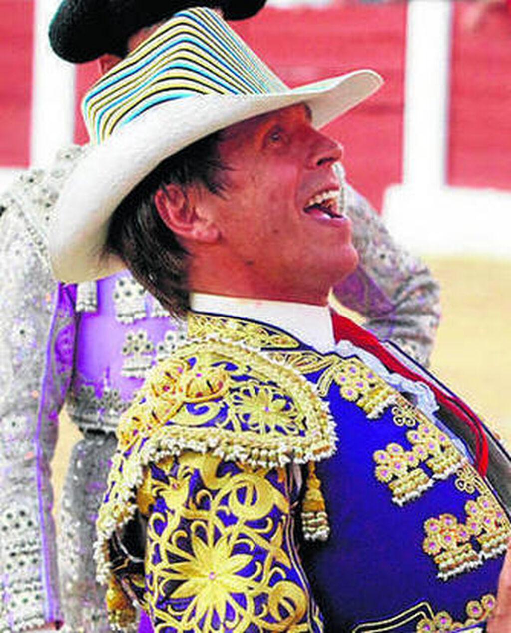 2d53ddc2ca4 El diestro Manuel Díaz  El Cordobés  será apoderado por su hermano