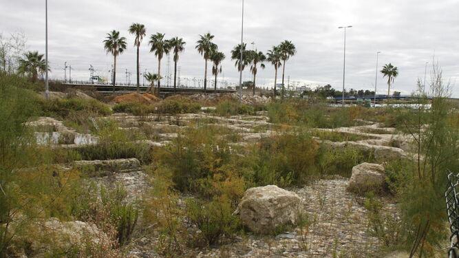Las obras del aparcamiento comenzarán a ser visibles en la explanada a partir del día 16 de este mes.