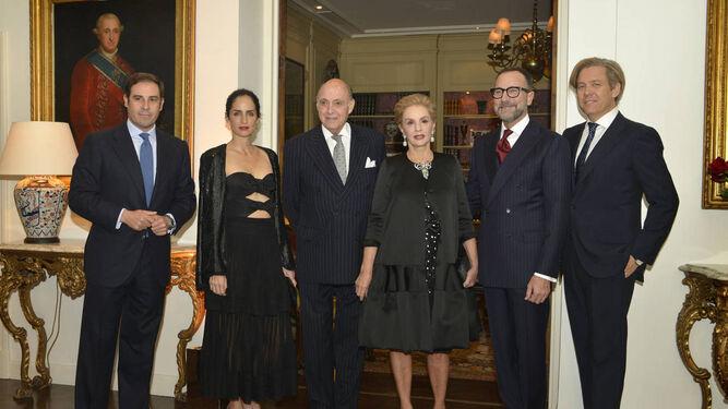 Carolina Herrera agradeció el gesto a los embajadores.