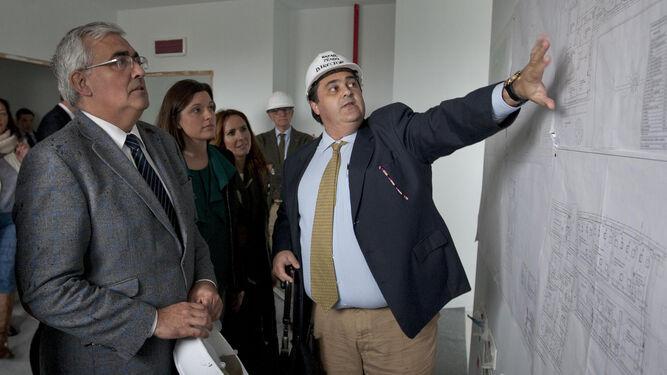 Explicación sobre los planos de la distribución del Edificio de la Hora.