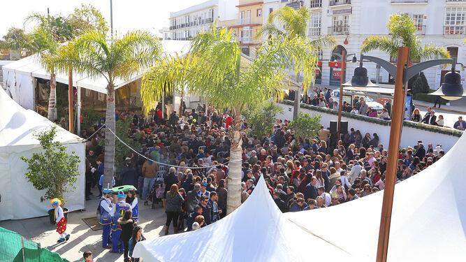Imagen de la Gran Plaza durante la celebración del Pregón de Carnaval el pasado año.