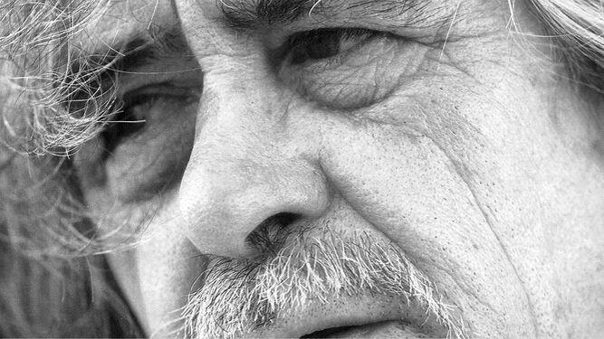 La primera antología de Carlos Edmundo de Ory, seleccionada por el propio autor, apareció de la mano de Calembé hace dieciocho años.