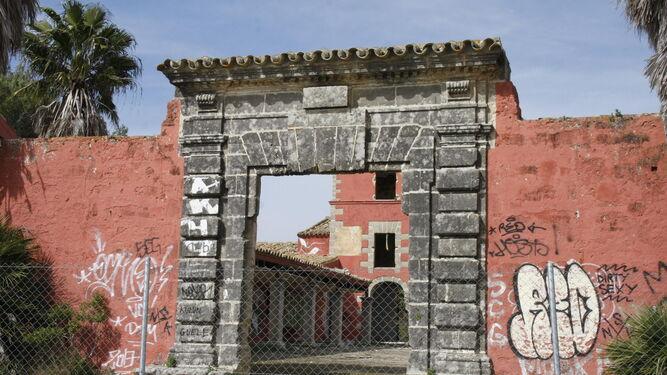 Una imagen del cortijo originario de Las Beatillas, donde la empresa Casalbor quiere llevar su proyecto agroalimentario.