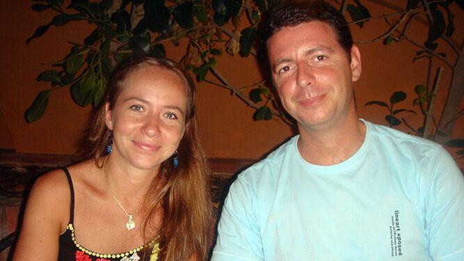 Sergio Oliva, con su ex mujer.