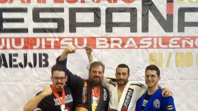 Iván Serrano, protagonista del día en MontenmedioSiete medallas gaditanas en el Nacional       de Jiu-Jitsu