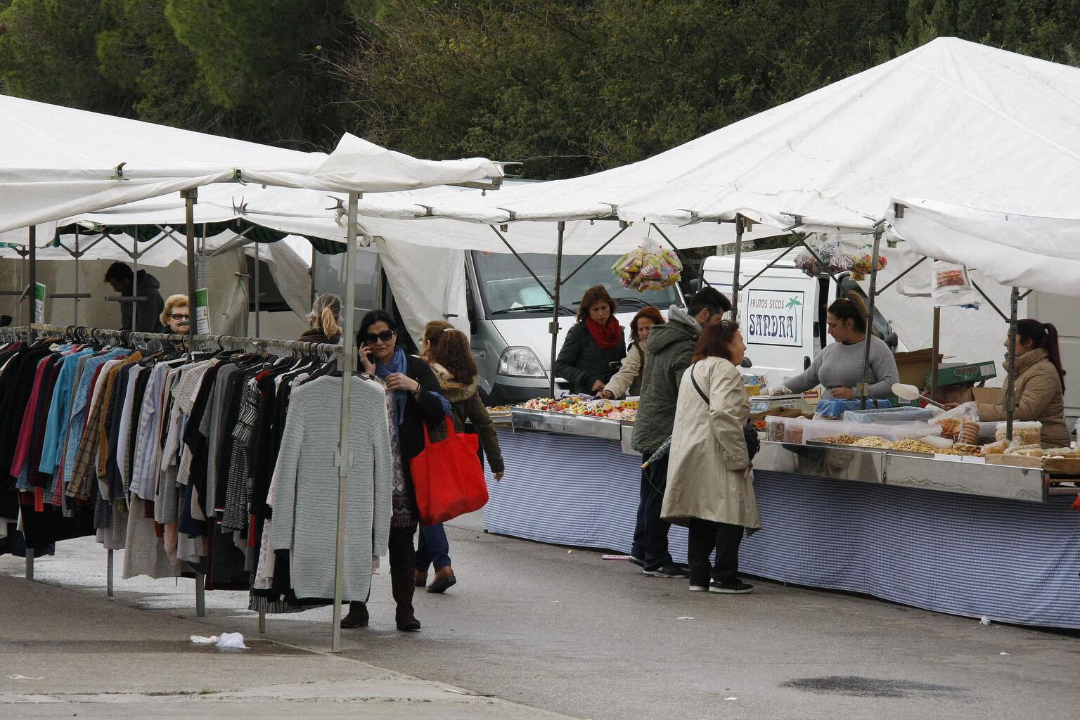 La Ordenanza Del Comercio Ambulante Se Lleva Hoy A Pleno Para Su  ~ Mercadillos En Barcelona Y Alrededores