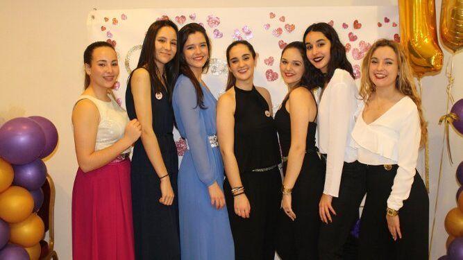 Cristina Fernández, Carmen González, Marta Moldes, María Fernández, Paula Roldán, Marta Canto y Ana Gar.
