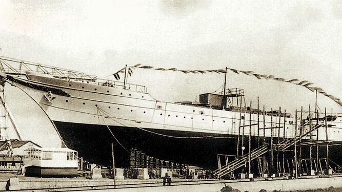Botadura gaditana para el buque Juan Sebastián de Elcano