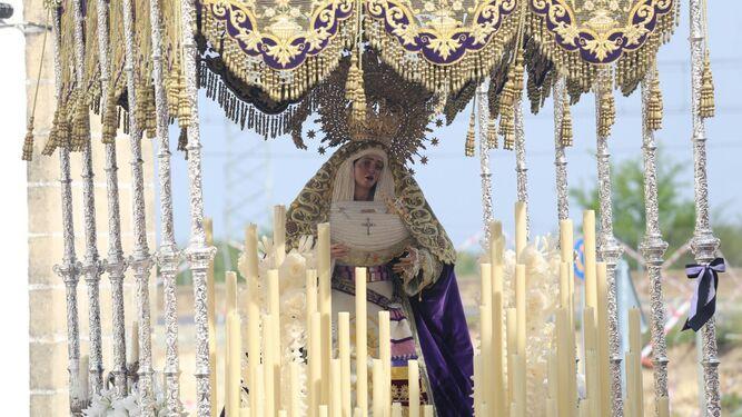 Nuestra Señora del Desconsuelo, saliendo desde la iglesia conventual del Espíritu Santo.