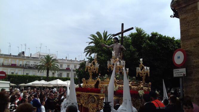La Isla se despide de la Semana Santa con el Resucitado