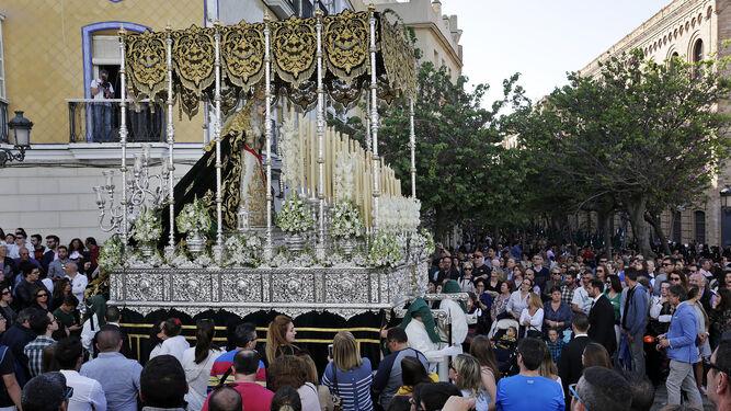 El paso de palio de la Virgen de la Esperanza, de Cigarreras, será el utilizado por La Cena para la procesión magna mariana del 24 de junio.