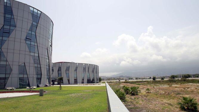 Los edificios principales de la ZAL.