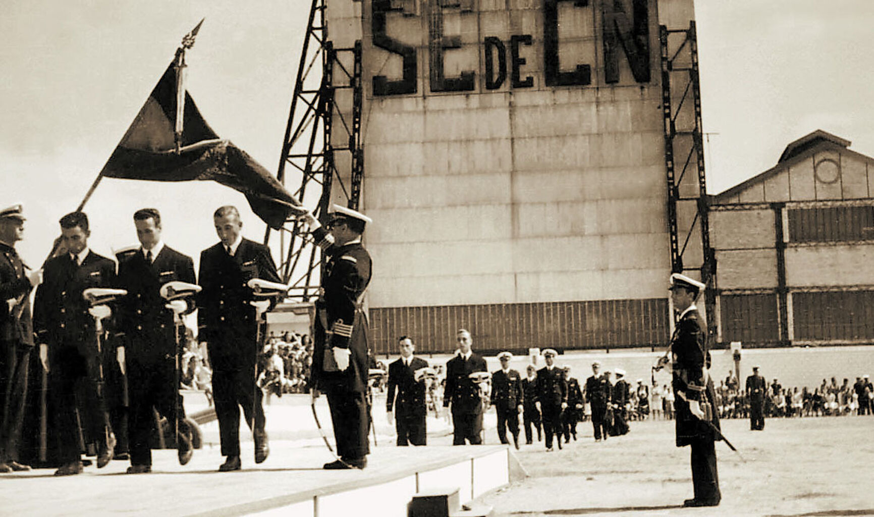 1942 hace 75 a osentrega de despachos en la escuela naval de san fernando