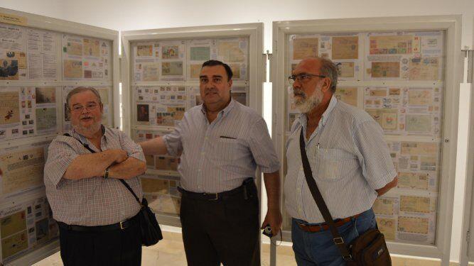 Manuel López, Ricardo Moreno y Paco García., durante la inauguración de la muestra.