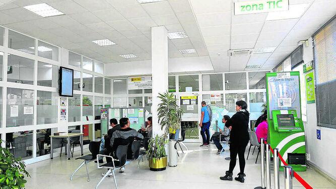 Chiclana reduce las cifras del desempleo en un 25 3 en for Oficina del sae