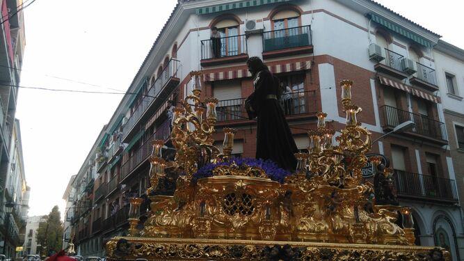 El titular de la cofradía de La Pasión de Lucena, en su salida procesional la pasada Semana Santa.
