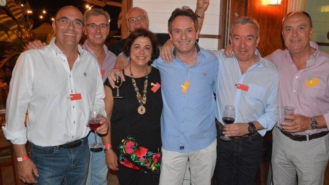 Carlos Revilla, Carlos Corral, Mayte Rodal, Amable Márquez, Rafa Higueras y Jose Vargas.