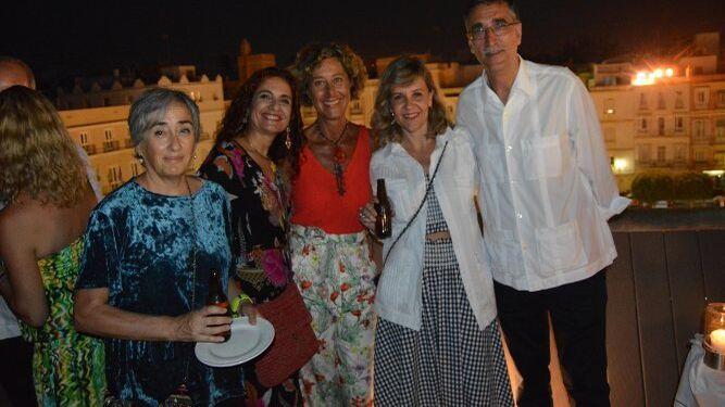 Carmen Morillo, María Jesús Montero, Mónica de Ramón, Taite Cortés y Juan Manzorro.