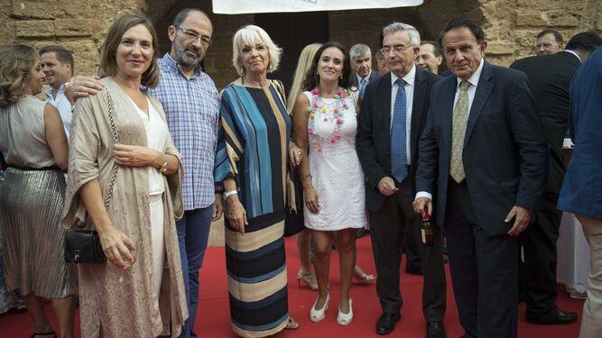 José María González, Fernando López Gil, Manuel Jiménez Barrios, José Joly y José Vicente Barcia.