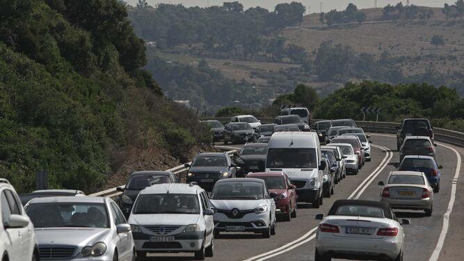 Hasta 22 kilómetros de atasco entre Tarifa y Algeciras