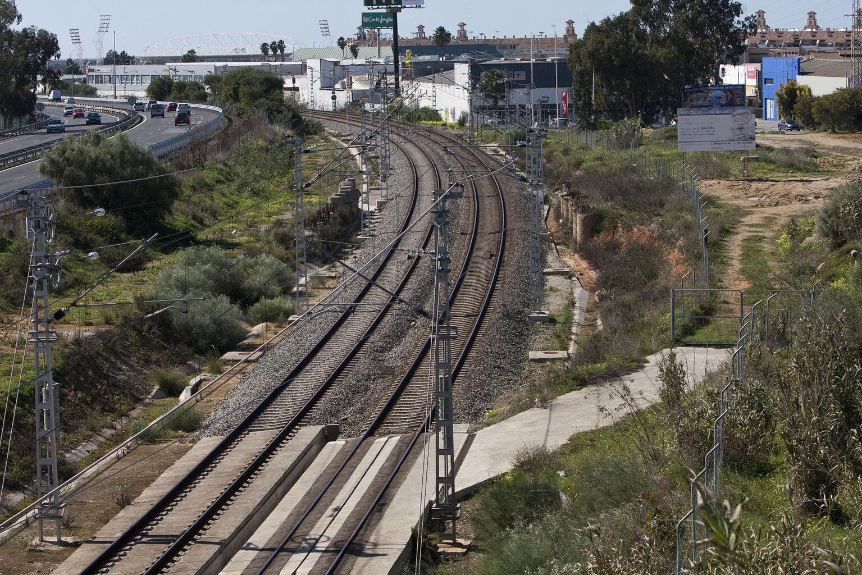 El gobierno municipal insiste en la necesidad de los accesos a Fadricas