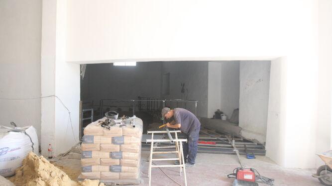 Trabajos que se desarrollan en la actualidad en la nave municipal.