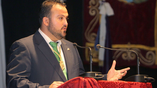Antonio Benítez.